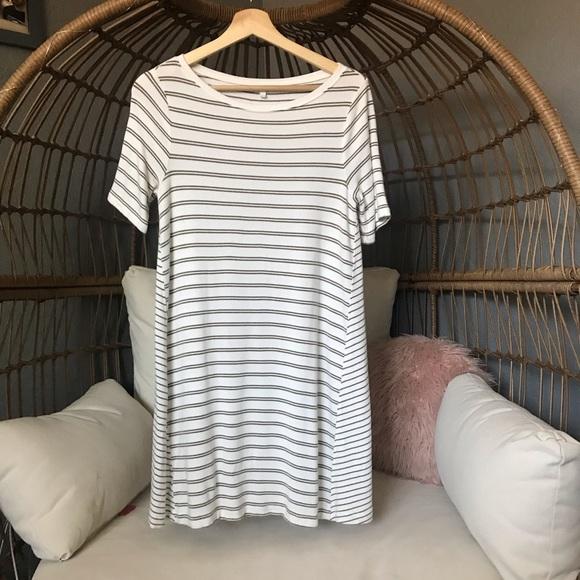 Lou & Grey Dresses & Skirts - Super Soft Lou and Grey Striped Shift Dress